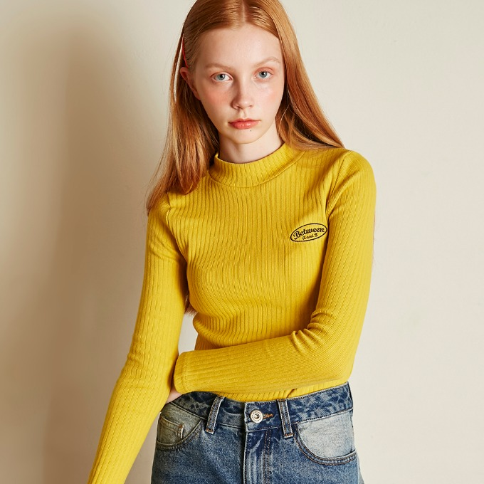 SMALL LOGO KNIT TOP [YELLOW]